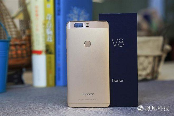 honor v8 живые фото